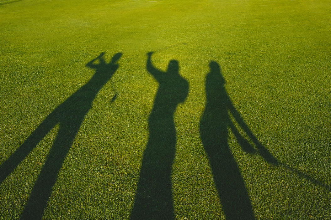 Golfers shadow